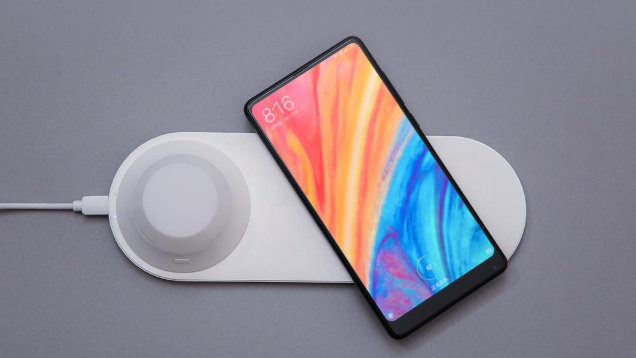xiaomi yeelight wireless charging night lamp