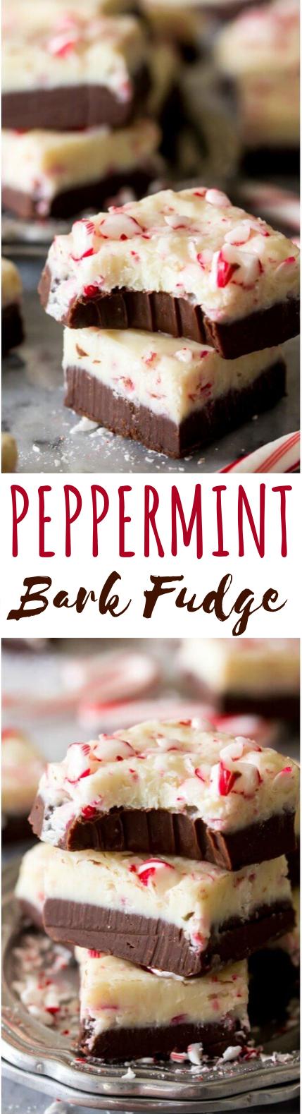 Peppermint Bark Fudge #desserts #recipe #chocolate #christmas #fudge