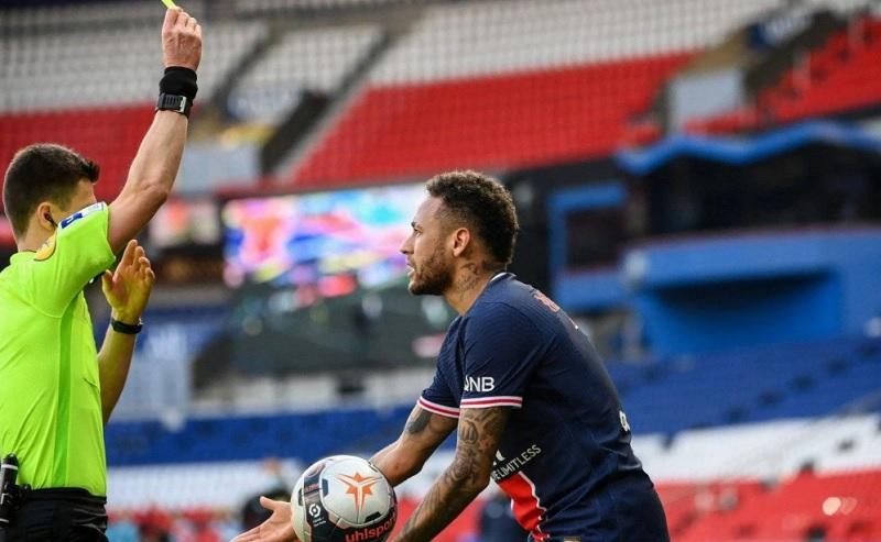 Imprensa detona Neymar após expulsão Maturidade de um júnior e imprudência tática de criança - Portal Spy Notícias de Juazeiro e Petrolina