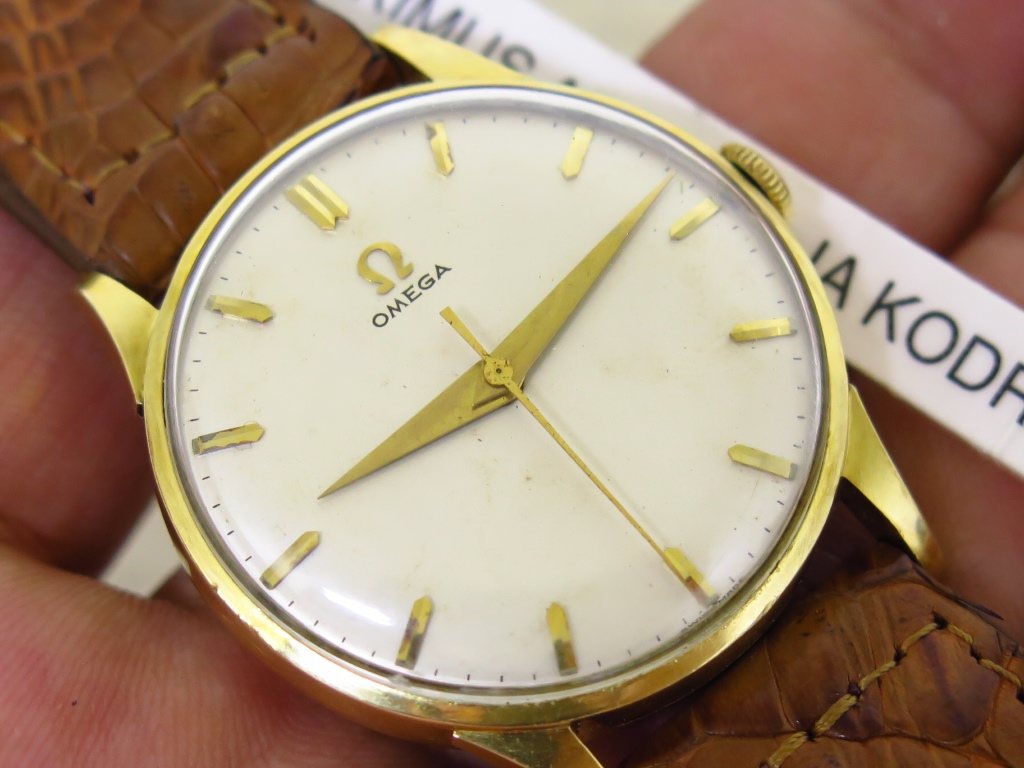 OMEGA SOLID ALL GOLD 18K - MANUAL WINDING CAL 284