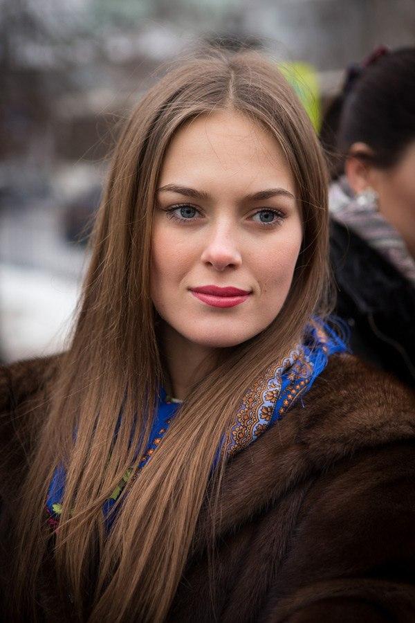Beautiful & HoT Girls Wallpapers: Russian Girls