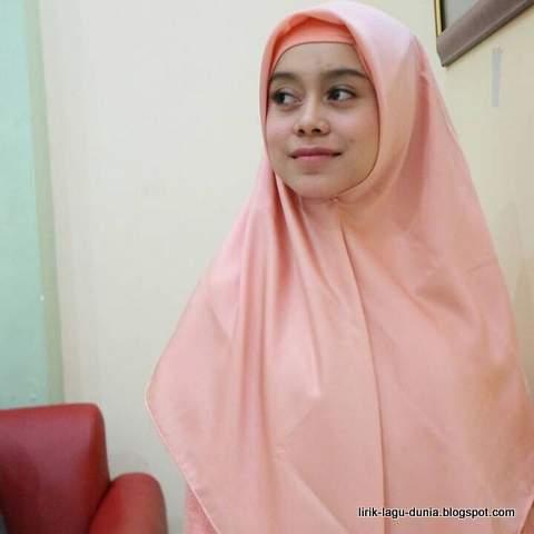 Lesti Hijab - instagram 2017