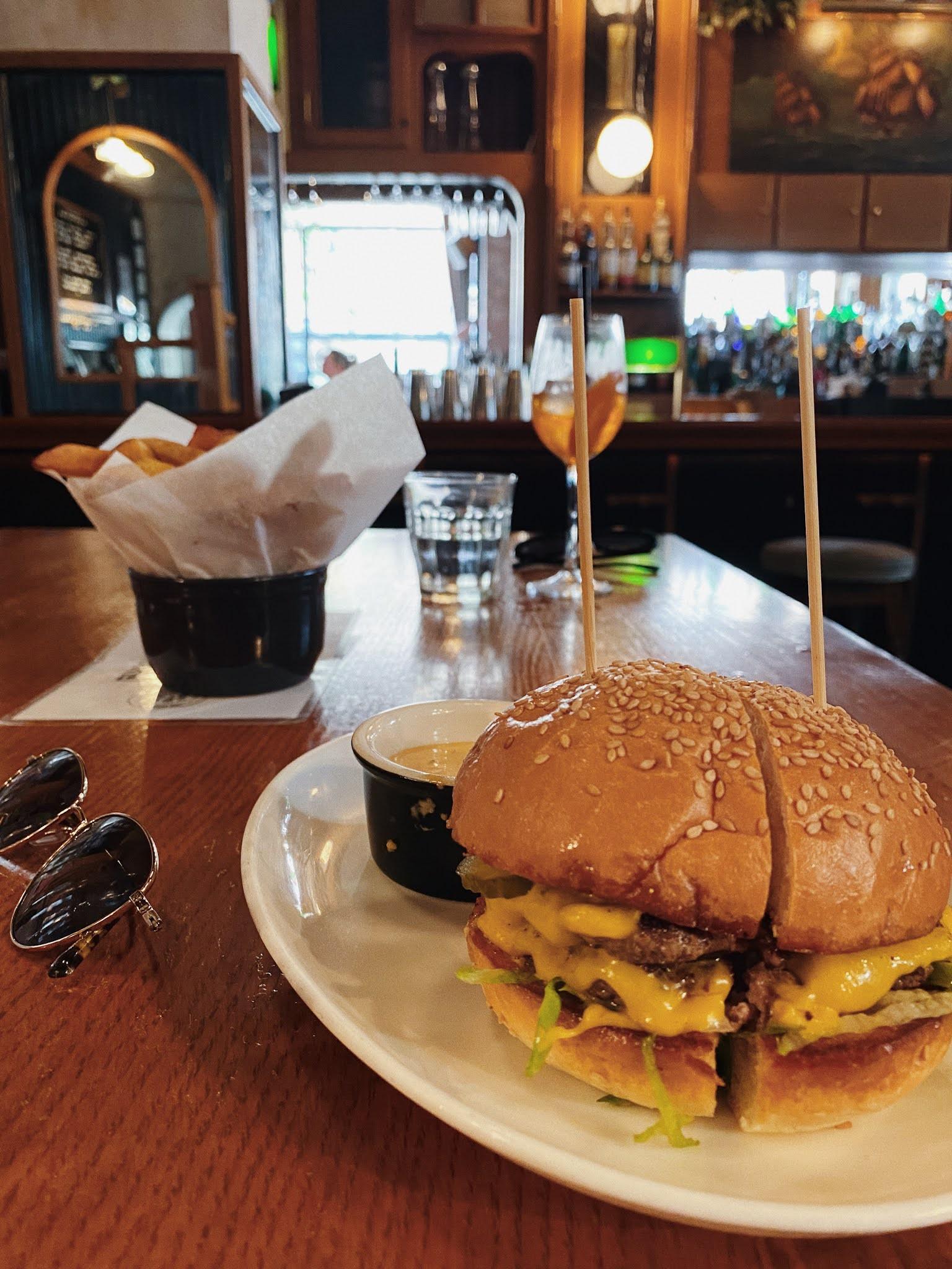 smash burger at the spaniard west village fran acciardo nyc restaurants