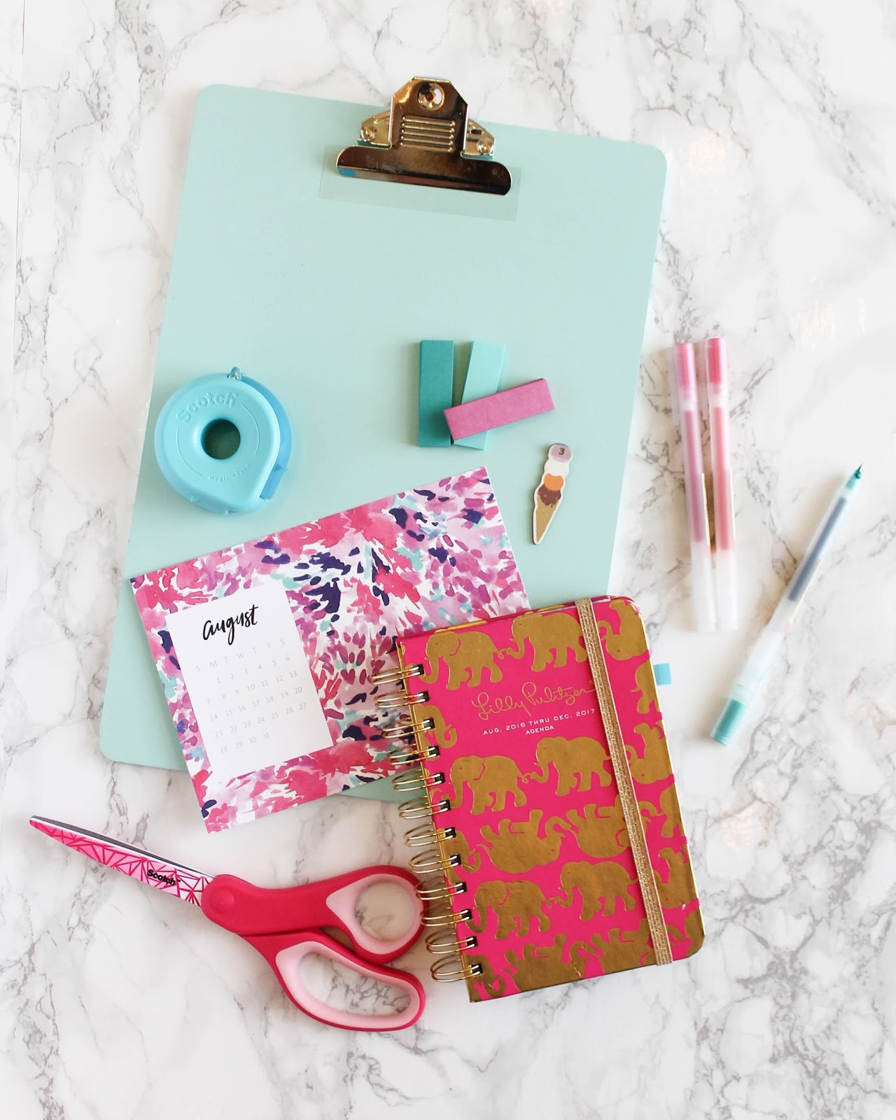 20 Must-Have School Supplies for College | The Bella Insider