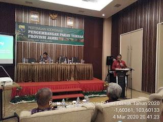 Kadis TPHP Provinsi Jambi Secara Resmi Membuka Pertemuan Koordinasi Pengembangan Pakan Ternak Provinsi Jambi.
