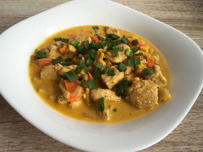 Pierś kurczaka z curry i świeżym imbirem