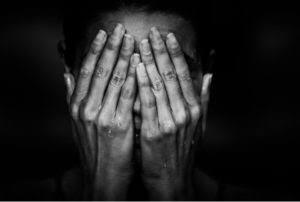 Trauma dan pesimis