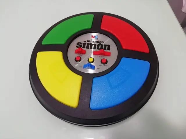 Simón (MB)