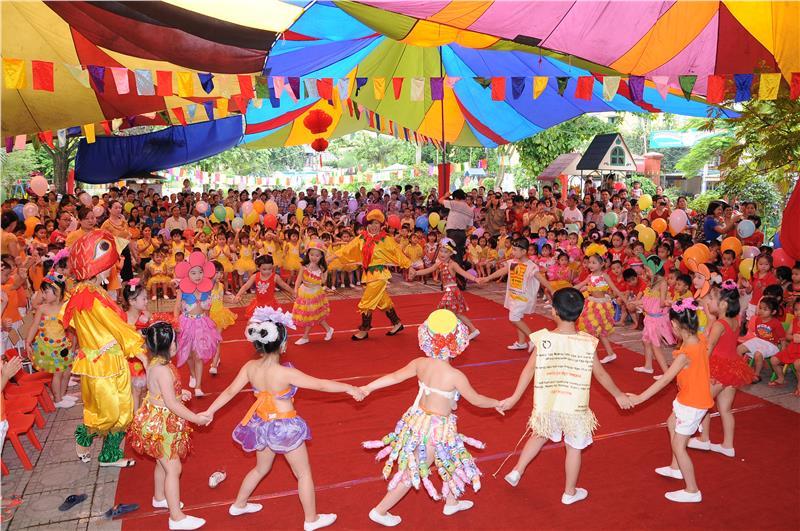 Gerrit Tienkamp Peter Bkk Children Day