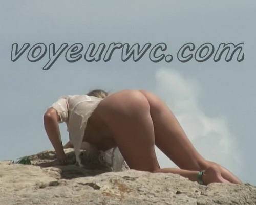 BeachHunters 22583-22650 (Beach spy cam is working and spying so many nude bodies of people)