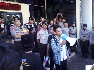 100 Hari Kerja Khofifah, PMII Jember Layangkan Tuntutan