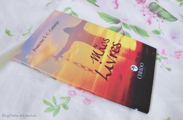 Resenha, livro, Mãos-Livres, Francine-S-C-Camargo, chiado, cronicas