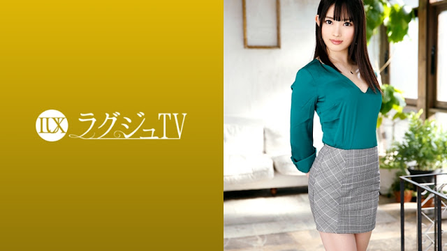 [259LUXU-1225] Luxury TV 1212 A lingerie designer with a glossy, firm, soft skin body makes her first appearance on AV! It becomes turbulent while being covered with oil as if it radiates sexual desire that can not be resolved by masturbation!