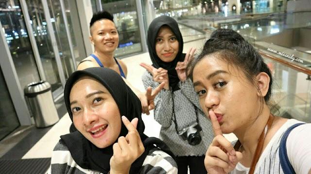 pengalaman melintasi perbatasan singapura malaysia
