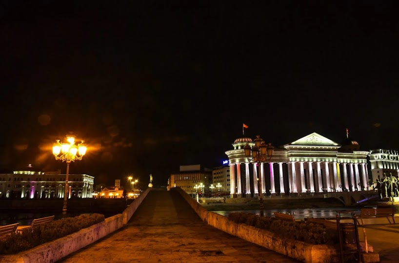 Τα Σκόπια δεν εφαρμόζουν τη Συμφωνία των Πρεσπών