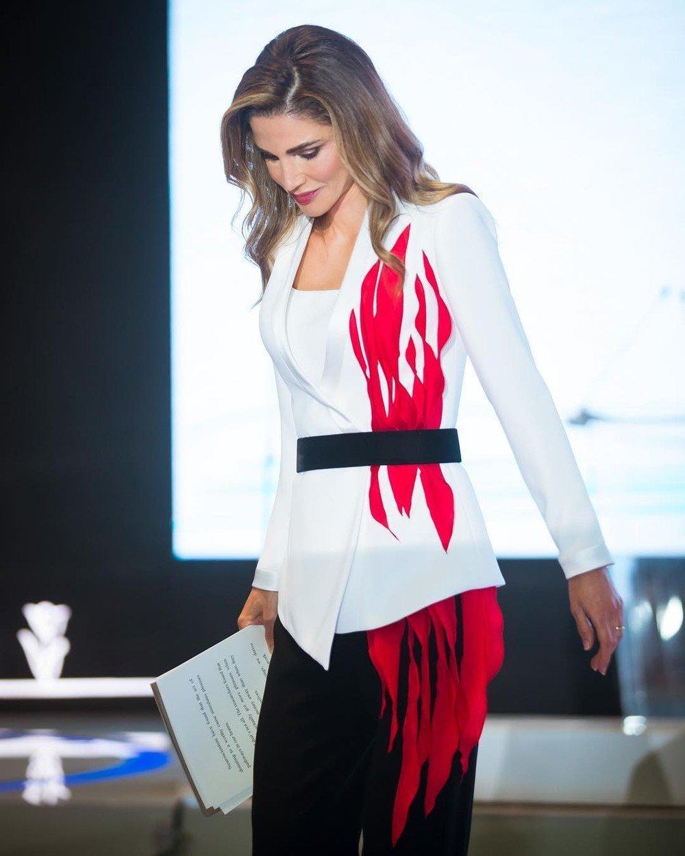moda-jesen-kraljica-ranija-stil-ljepota-fashion