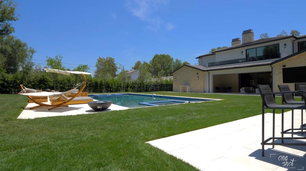 33 Interior Photos vs. Tour 5515 Paradise Valley Rd, Hidden Hills, CA Ultra Luxury Mansion
