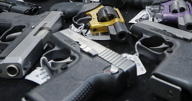 9,400 CA residents with criminal charges, records own guns