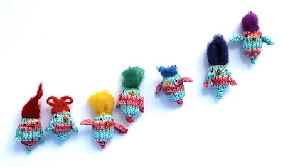 Bluebirds of Crappiness Knit Birds