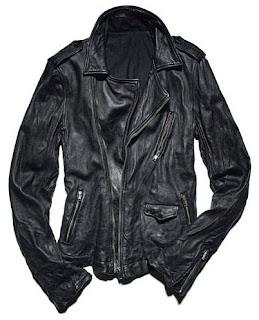jaket kulit mengkerut dan rusak terkena air