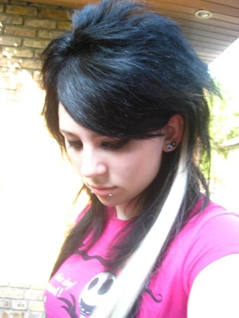 Best Emo Scene Hairstyles For Teenage Girls In Summer