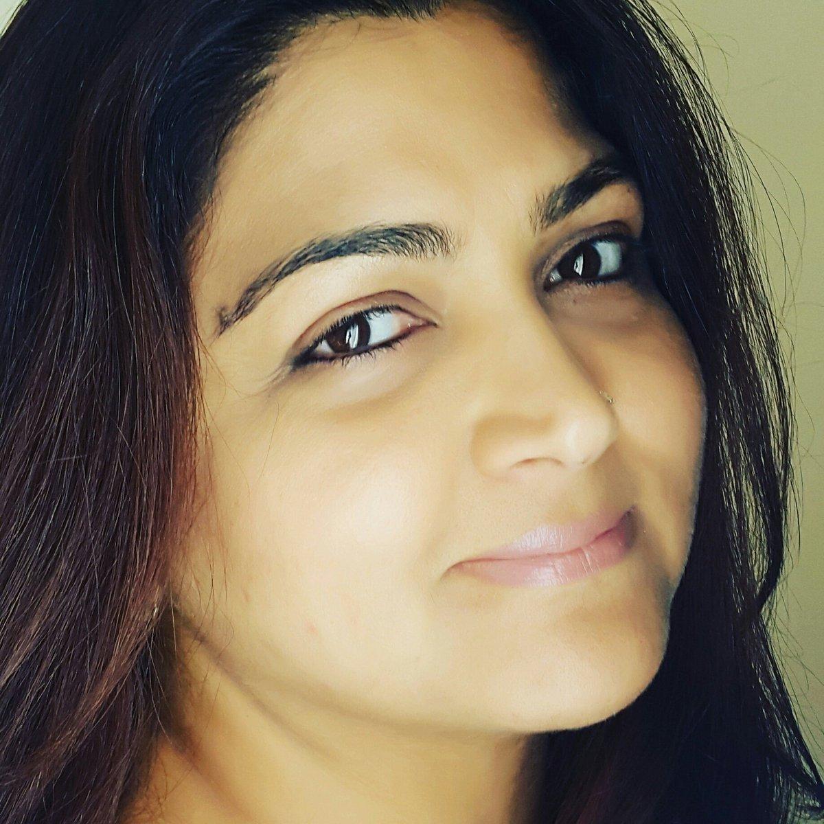 Actress KhushbuSundar Latest HD Images In Saree