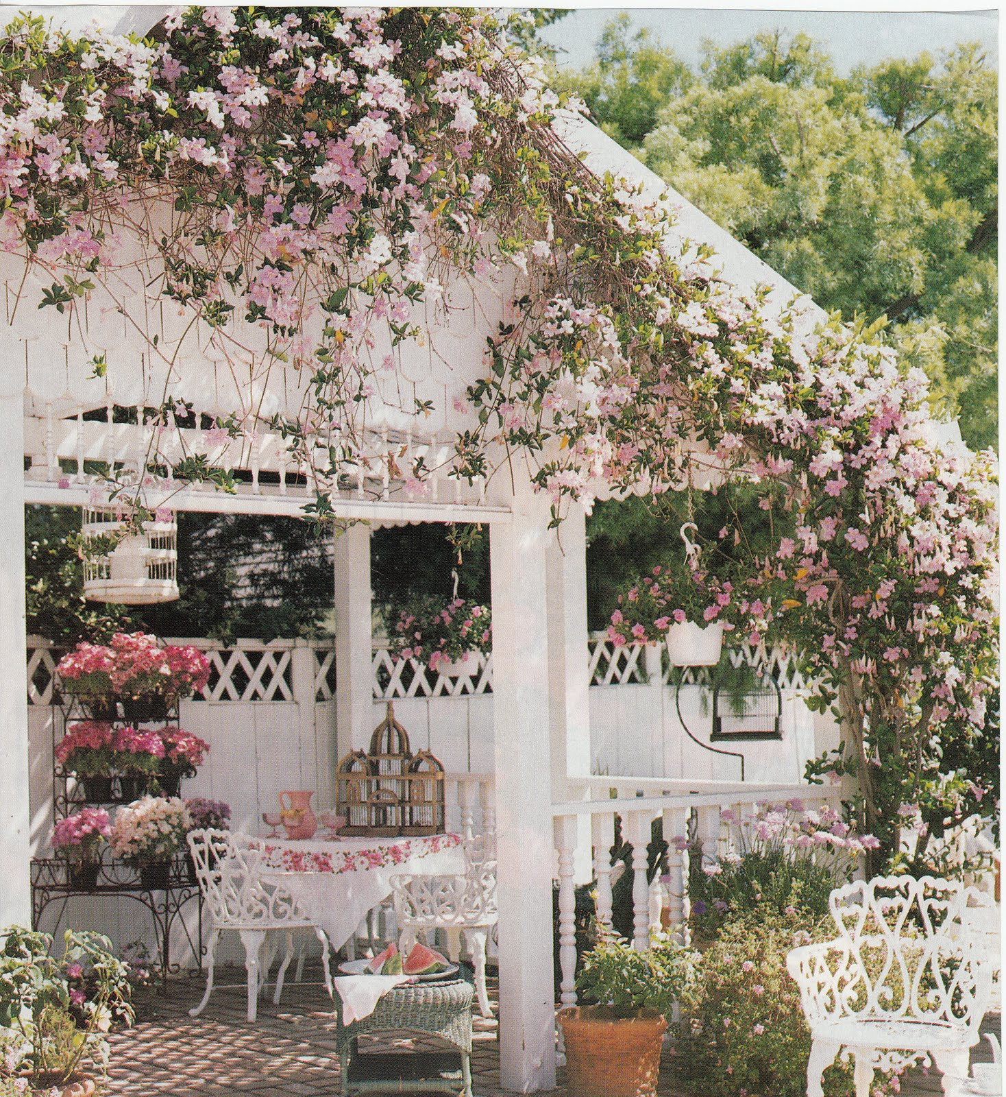 Al Fresco Hydrangea Hill Cottage Dining Al Fresco