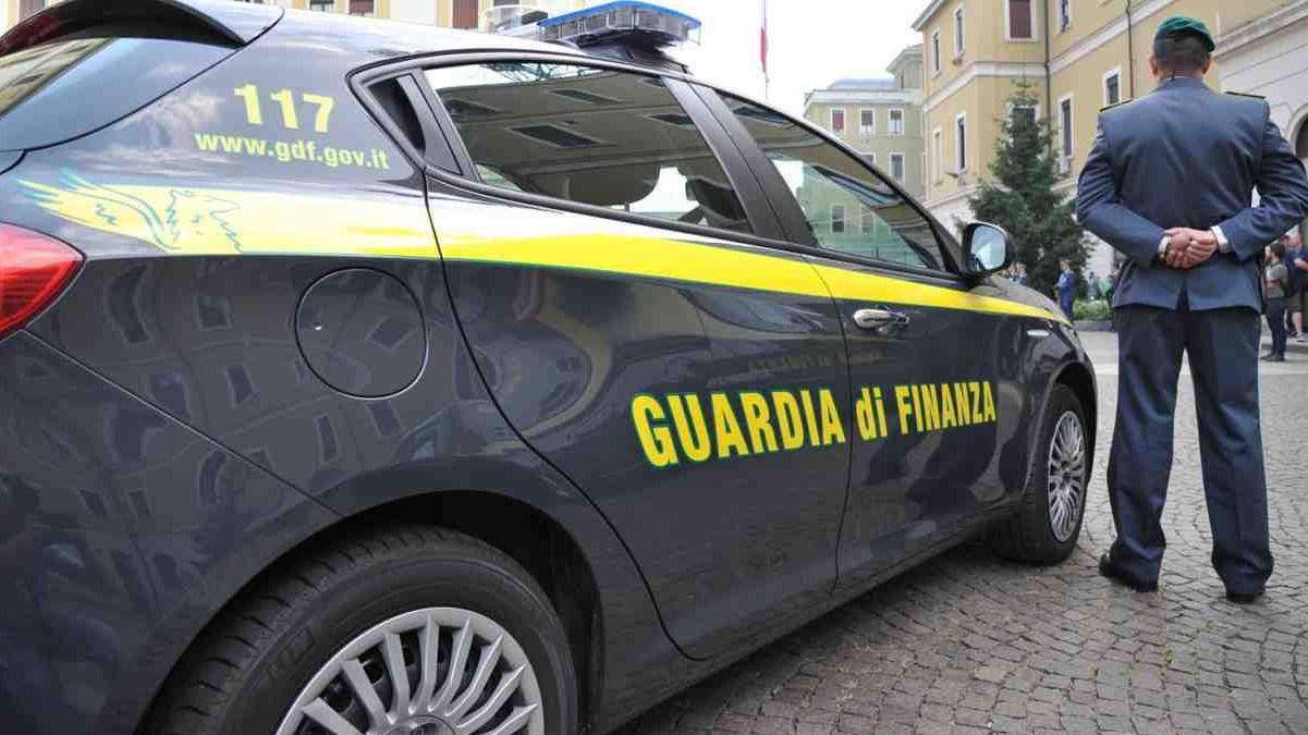 La Guardia di Finanza di Catania confisca beni ad imprenditore