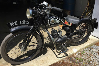 Side view of 1940s Royal Enfield Model RE.
