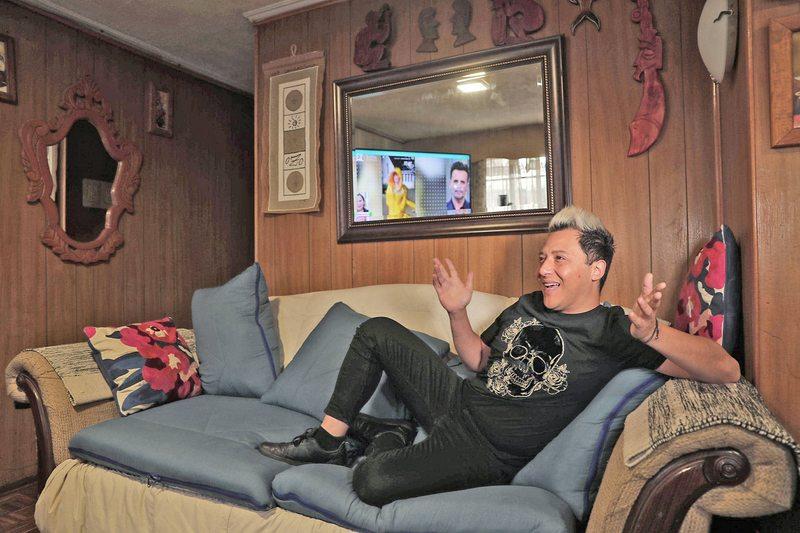 Sergio Rojas vive con su mamá