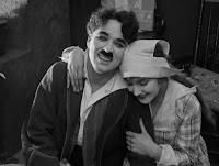 """Кадр из фильма Чарли Чаплина """"Собачья жизнь"""" / A Dog's Life (1918) - 30"""