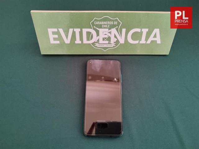 Carabineros recupera celular robado