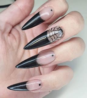 Spider Web Gel Nails Design for Hallowen