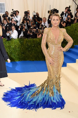 blake-lively-wore-200-carats-of-jewellery-to-met-gala
