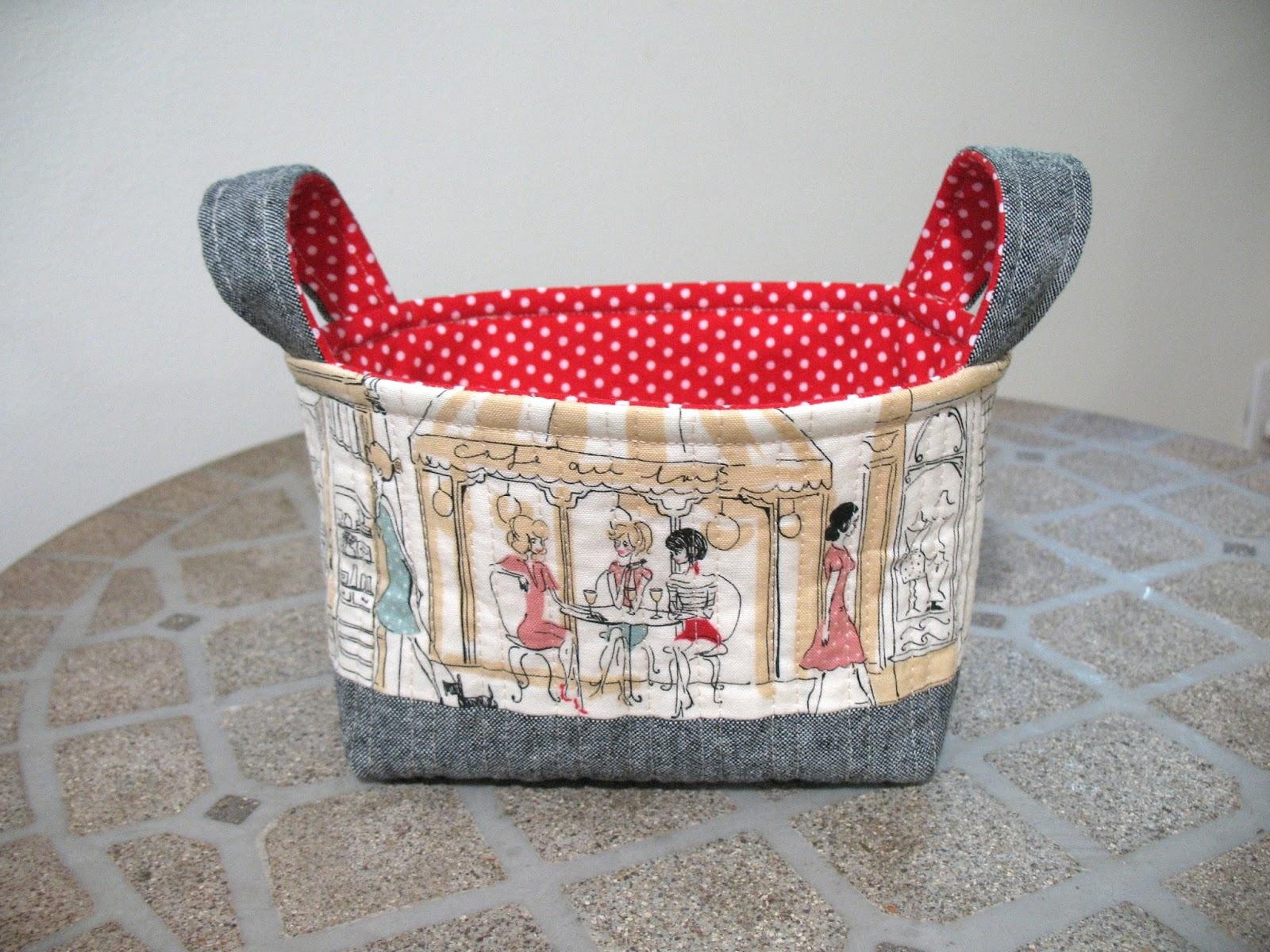 Ye Olde Sweatshop: Quilted Fabric Baskets