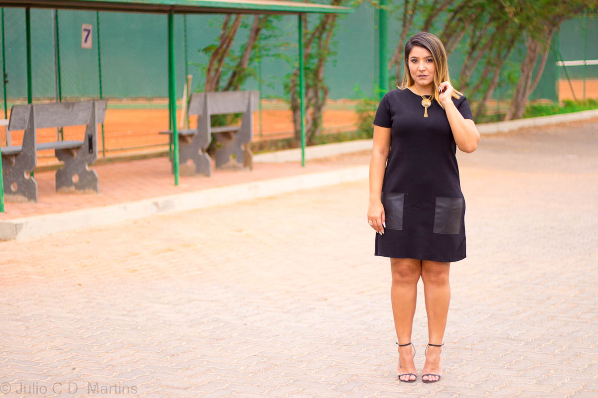 Look do dia: vestido preto de tricot