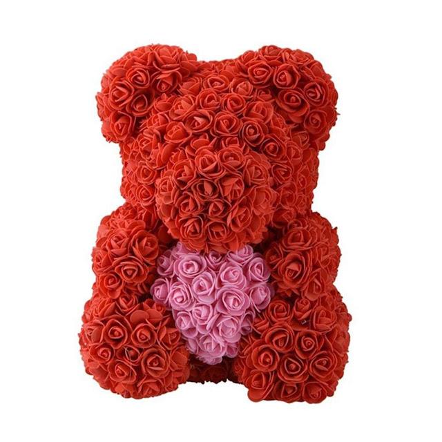 orso fatto di rose