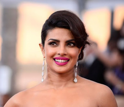 priyanka-chopra-to-be-honoured-by-instyle-award