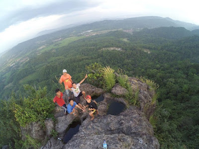 Wisata Alam Di Bogor Ini Cocok Untuk Pendaki Pemula