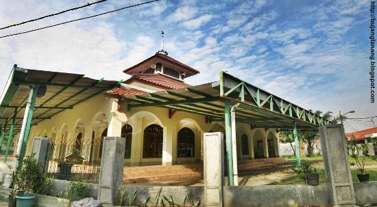 ayo ke masjid masjid darussalam kedasih cikarang baru