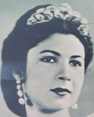 diamond necklace tiara queen farida egypt