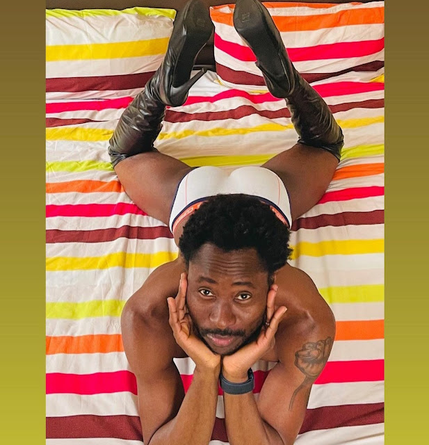 """""""I don't play, I slay"""" -Nigerian Gay, Bisi Alimi says as he poses rocking his high-heeled shoes"""
