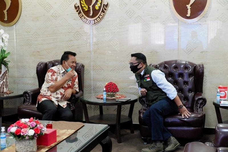 DPRD Jabar Gelar Rapat Konsultasi Pimpinan Bahas Penyesuaian APBD 2020 Akibat Covid-19