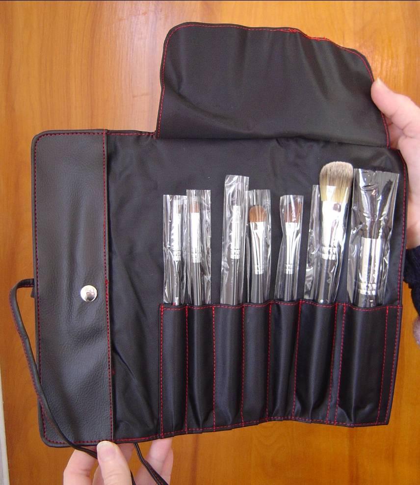 Royal & Langnickel SILK Pro 7-Piece Makeup Brush Set.jpeg