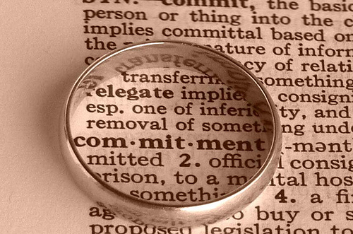 long term relationship scared of commitment