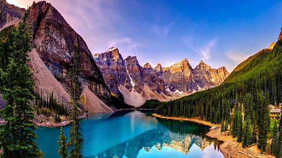 Moraine Lake The Best Crystal Clear Lake In The World