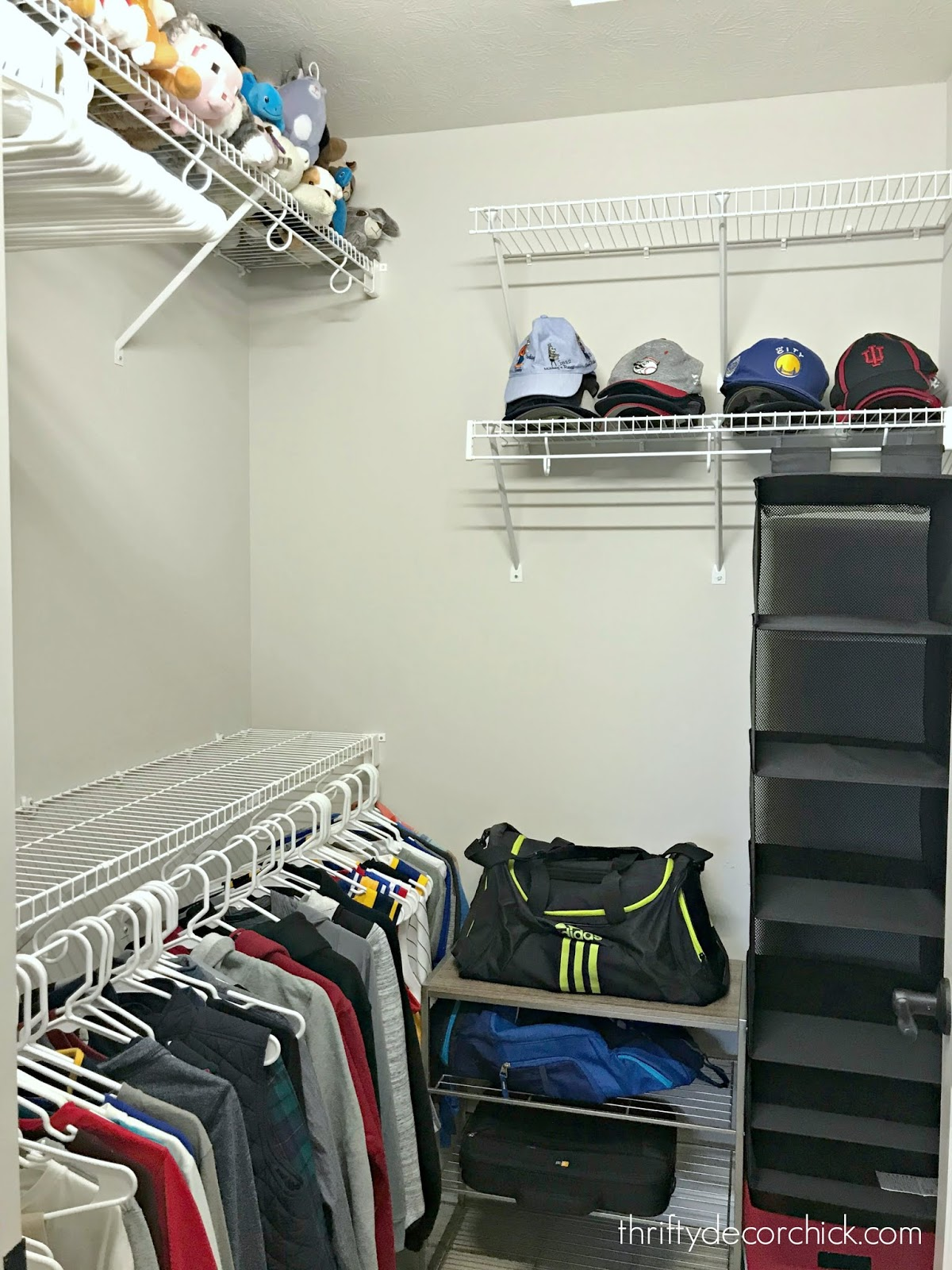 Organized kid closet tips