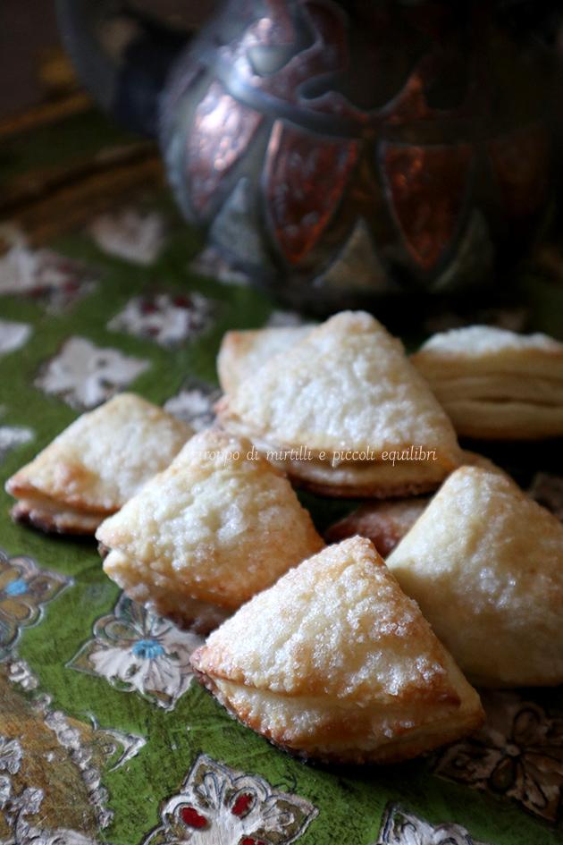 Biscotti Uzbeki alla ricotta – Tvorogli pechenyelar
