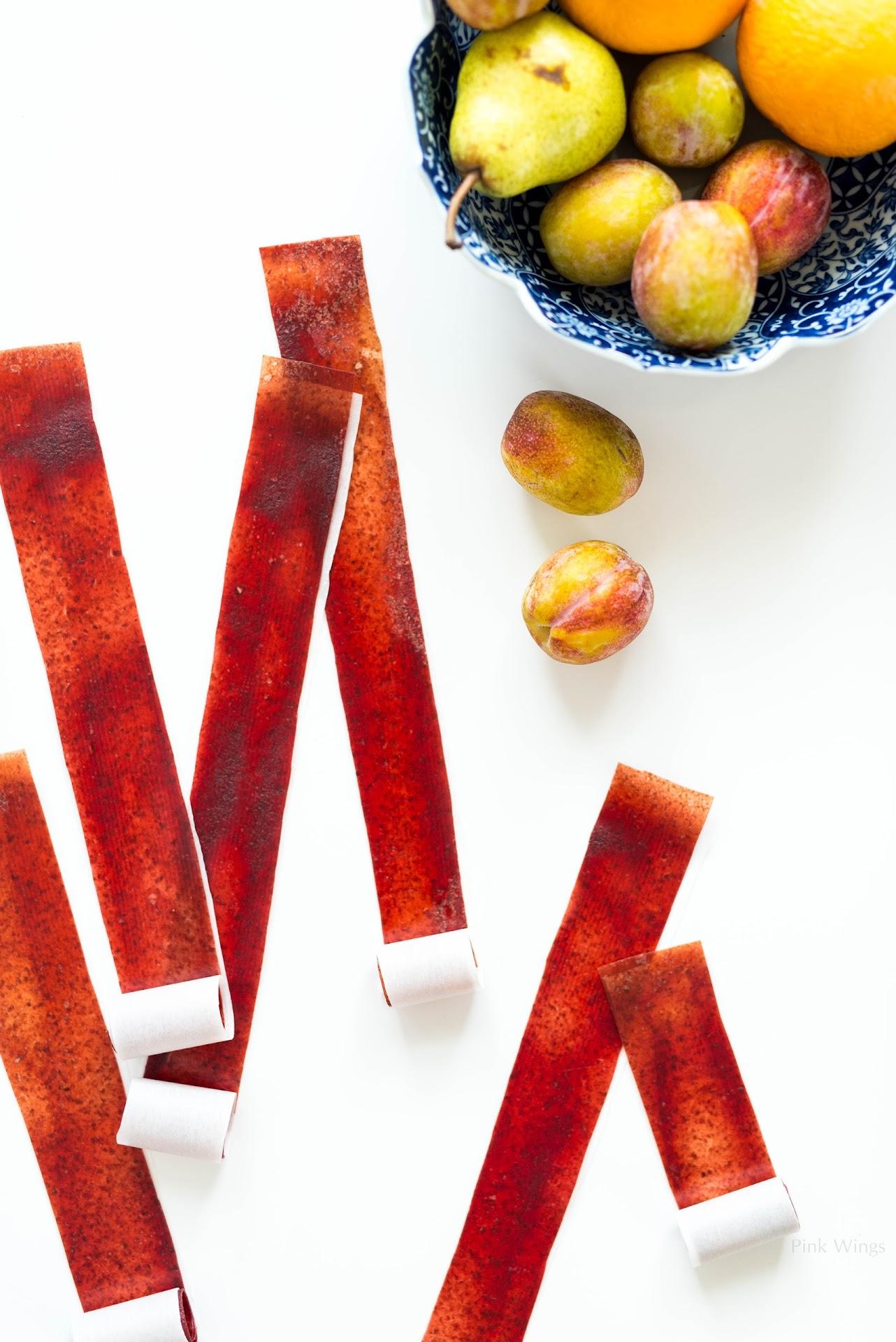 plum bosc pear dessert, homemade fruit roll ups, easy fruit leather recipe, healthy organic dessert