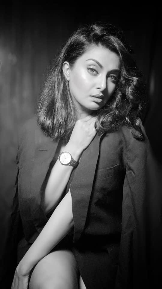 বাংলাদেশী অভিনেত্রী আয়েশা সালমা মুক্তির কিছু ছবি 18